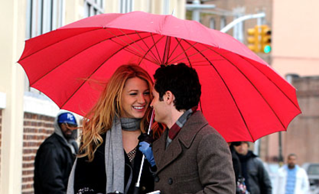Penn Badgley and Blake Lively on the Set