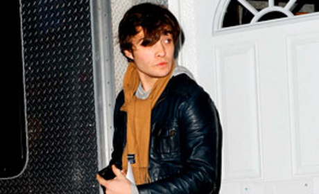 Ed Westwick (Almost) Ready For Action