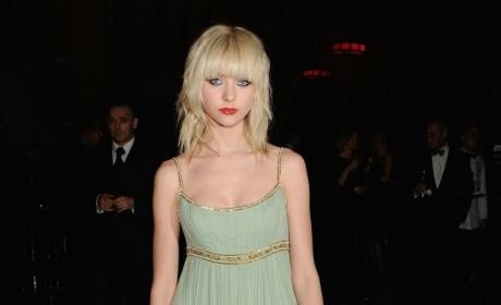 Taylor Momsen Glows in Green