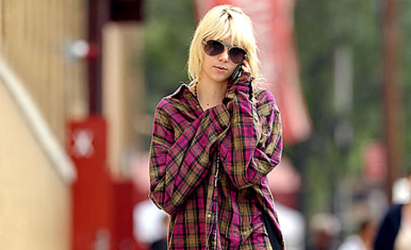 Taylor Momsen Off to the Office