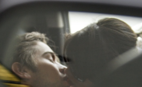 OMG: Chace Crawford and Ashley Greene Make Out!