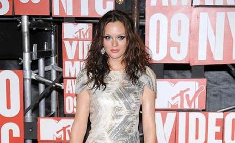 Gossip Girl Stars Heat Up MTV VMAs