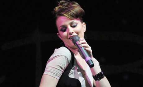 Leighton Meester Performing Live on Friday