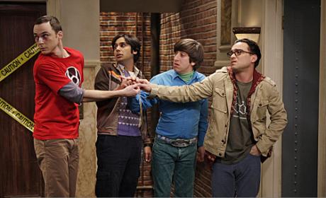 """The Big Bang Theory Review: """"The Precious Fragmentation"""""""