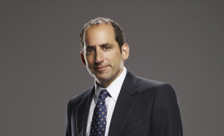"House Spoilers: Season Finale Will Be ""Traumatic,"" Peter Jacobson Says"