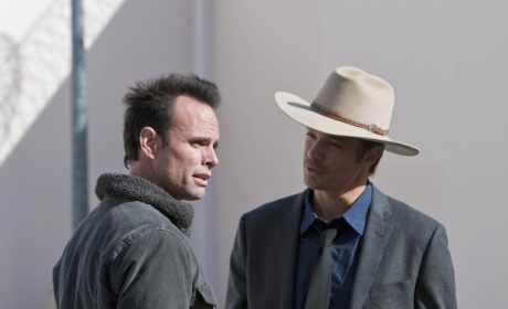 Raylan Confronts Boyd