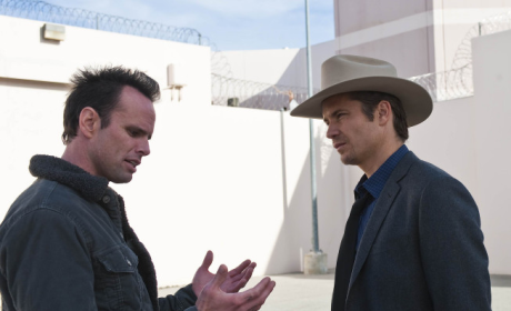 Boyd Explains to Raylan