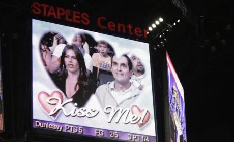 Modern Family Season Finale: Even Kobe is Funny