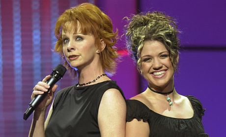 Kelly Clarkson to Guest Star on Reba