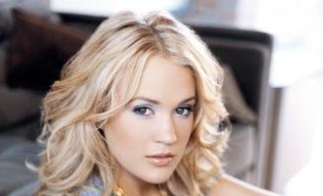 Carrie Underwood, Kellie Pickler to Sing on Christmas Album