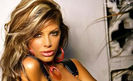 See Mandy Lynn Nude in Playboy!