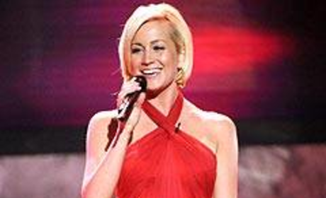 On American Idol: Cheers for Kellie Pickler, Tears for Carly Smithson