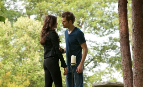 The Vampire Diaries Review: Game. On.