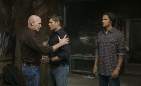 "Supernatural Season Six Premiere Pics: ""Exile on Main St."""