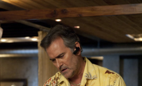 Bruce Campbell Previews Burn Notice Prequel Movie