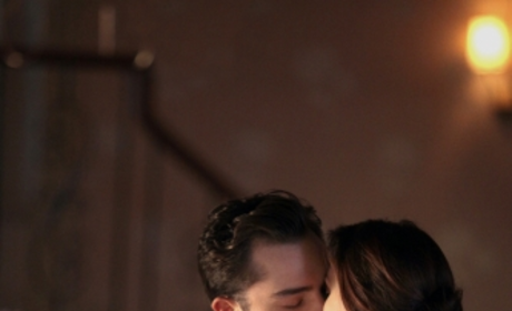 Chair Kisses