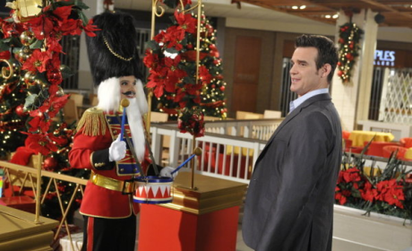 "Warehouse 13 Review: ""Secret Santa"""