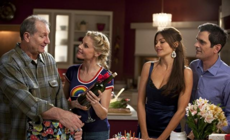 Modern Family Season Finale Review: An Insult to Gloria
