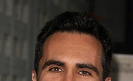 Nester Carbonell Photo