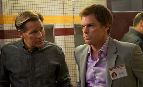 Dexter Season 6 Premiere Review: Snakes on a Beach