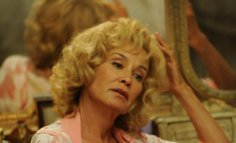 American Horror Story Renewed For Season 3; Jessica Lange to Return!
