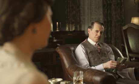 "Boardwalk Empire Review: ""What Does the Bee Do?"""