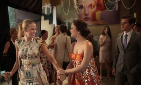 Wanted: Gossip Girl Fashion Writer-Editor!