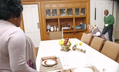 James Pickens, Jr., Ellen Pompeo Preview Tonight's Grey's Anatomy