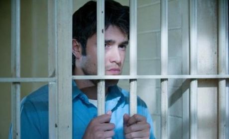 Revenge Photo Gallery: Daniel in Distress, Jail