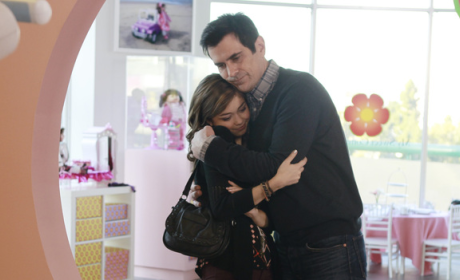 Phil Hugs Haley