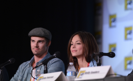 Beauty and the Beast Comic-Con Panel: Mixing Ingredients, Relying on Emotion