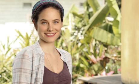 Caroline Dhavernas Cast as Female Lead on Hannibal