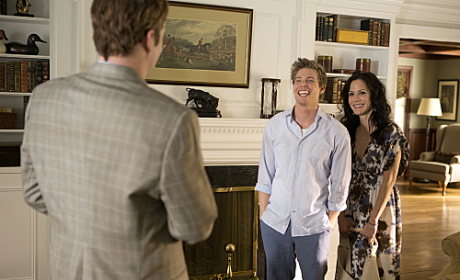 Weeds Review: Growing Up