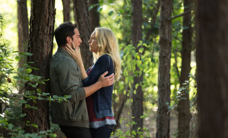 The Vampire Diaries Season 4 Premiere Pics: Blood, Bars & Betrayals