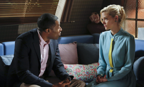 Hart of Dixie Review: Pregnant Gators and Friends With Benefits