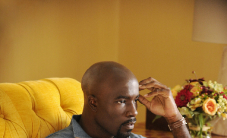 The Good Wife Interview: Mike Colter Talks Alicia's Ethical Dilemma Over Lemond Bishop's Return