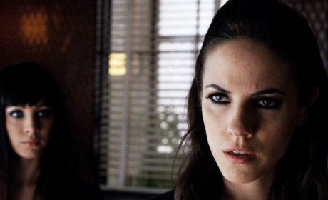 Lost Girl Review: Is Dark Bo Dangerous?