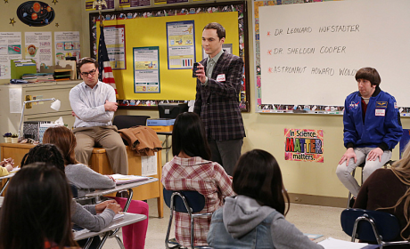 The Big Bang Theory Review: Hello, Female Children