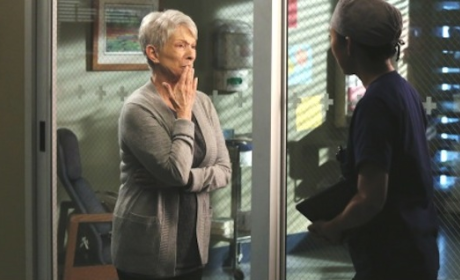 "Grey's Anatomy Exclusive: Jennifer Bassey Dishes on ""Moving"" Three Episode Arc"
