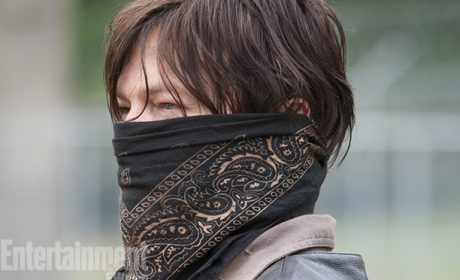 The Walking Dead Spoiler Pic: A Masked Man