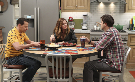 Amber Tamblyn on Two and a Half Men: First Look!