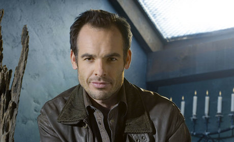 Paul Blackthorne to Guest Star on Burn Notice