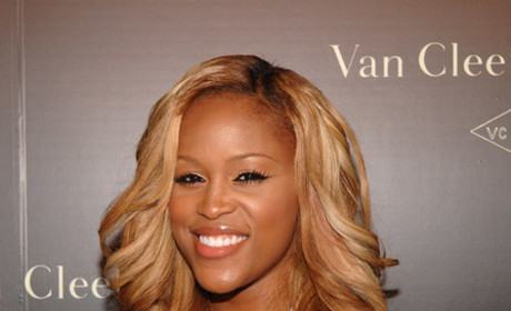 Glee Spoilers: Eve to Guest Star