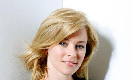 Elizabeth Banks Lands Recurring Role on Modern Family