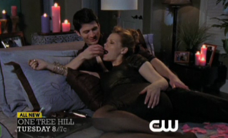 One Tree Hill Review: Valentine's Day Surprises!