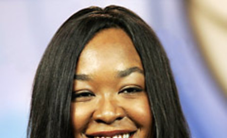 """Shonda Rhimes Shares Her Thoughts On """"Drowning On Dry Land"""""""