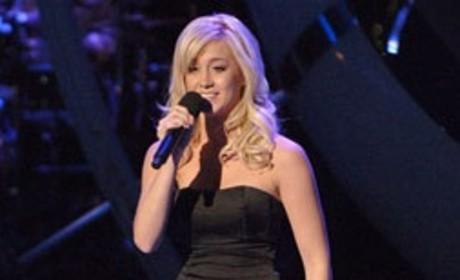 Kellie Pickler Shares Impressions of Idol Tour