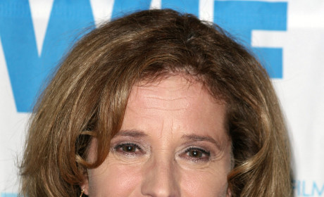 Hart of Dixie Casting News: No More Nancy Travis