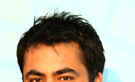 Kal Penn to Romance Robin on How I Met Your Mother