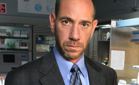 Miguel Ferrer to Clash with Susan on Desperate Housewives